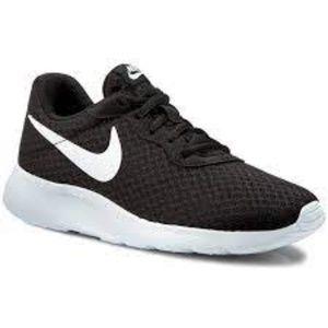 Nike Tanjun Lace Up Athletic Sneakers Black White 9.5